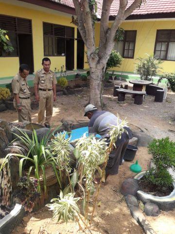 Kunjungan sekaligus pemantauan Taman di Kecamatan Sukoharjo