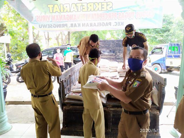 Sembako Pasar Murah Kecamatan Pagelaran untuk warga di 22 Pekon