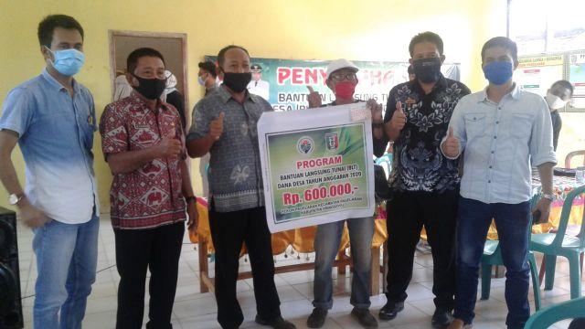 202 bantuan dari BLT DD diserahkan di Pekon Pagelaran