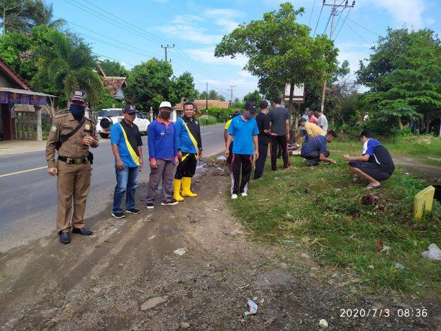 kerja bhakti di Pekon Patoman dan Pekon Panutan Kecamatan Pagelaran