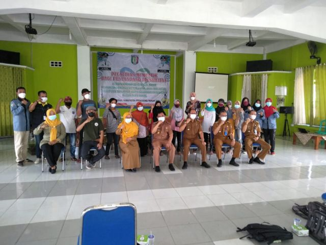 Pelatihan Membatik bagi penyandang Disabiltitas Kecamatan Pagelaran
